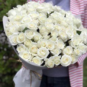 101 белая роза в Одессе фото