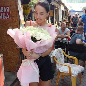 51 белая роза в Одессе фото